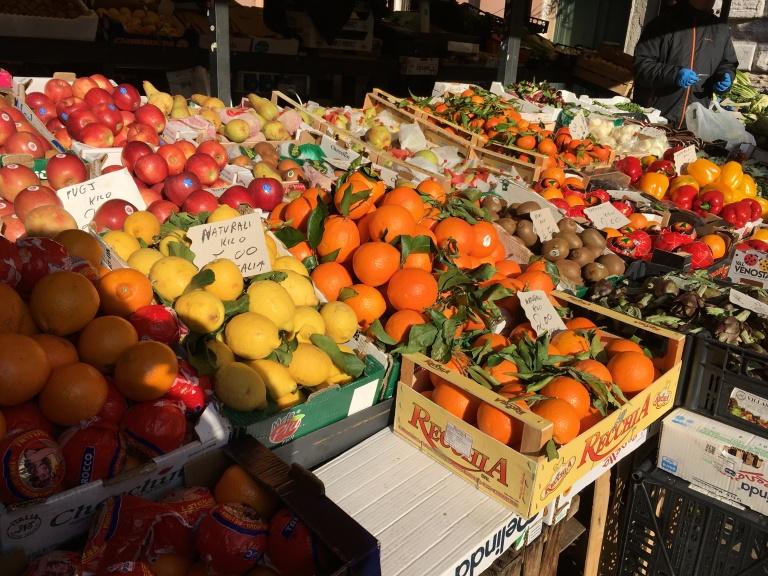 rialto-fruit